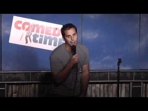Comedy Time - Girls At The Bar